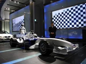 BMW Sauber F1.08 Show Car ... (Sauber C24)